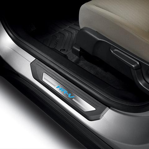 2016-2019 Honda HR-V Illuminated Door Sill Trim - 08E12-T7S-110