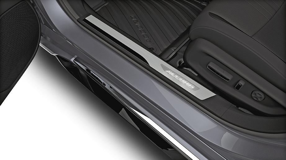 2018 Honda Accord Deep Black Illuminated Door Step Garnish 08e12 Tva 110a