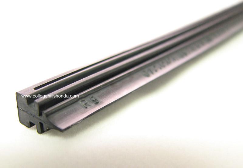 Genuine Honda Wiper Insert 650mm - 76622-STK-A02